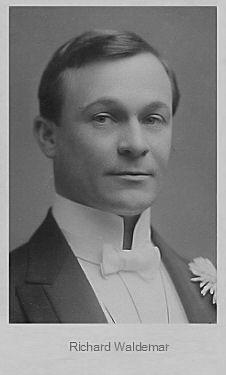 Richard Waldemar fotografiert von <b>Ludwig Gutmann</b> (1869 – 1943); Quelle: www. - waldemar_gutmann_cyranos